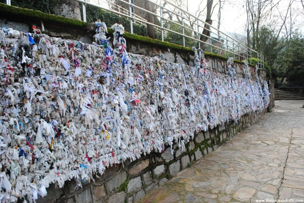 Is this a wishing wall of rags?
