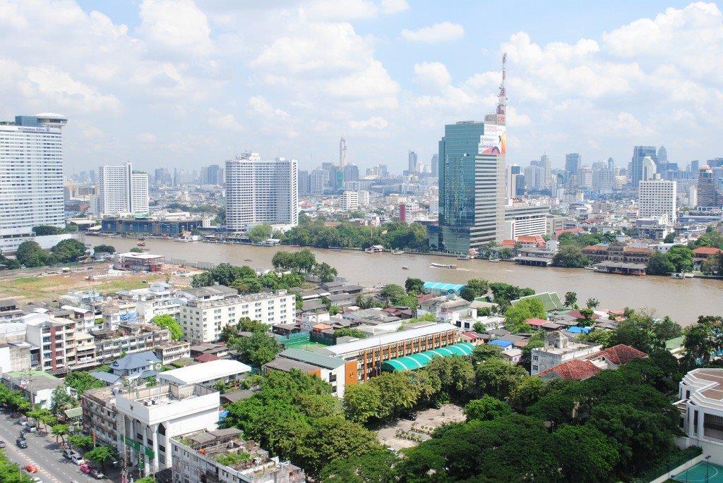 Hotels Near Chao Phraya River